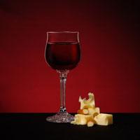 Красное вино помогает бороться с воспалениями