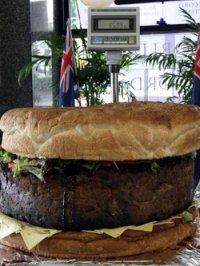 В Австралии приготовили самый большой гамбургер